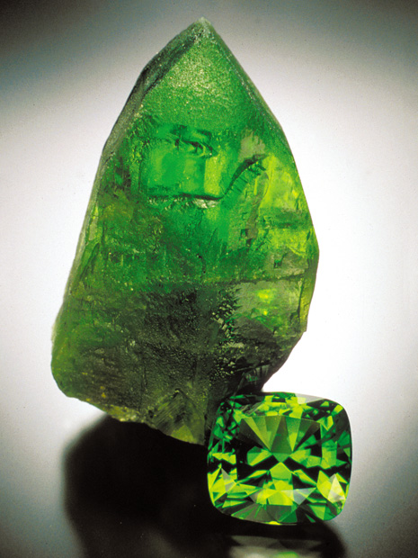 While the 64.57-carat cut peridot is magnificent, it is overshadowed by the amazing 7.9-cm tall crystal. Both are from Sappat, Kohistan, Pakistan. - Jeffrey Scovil