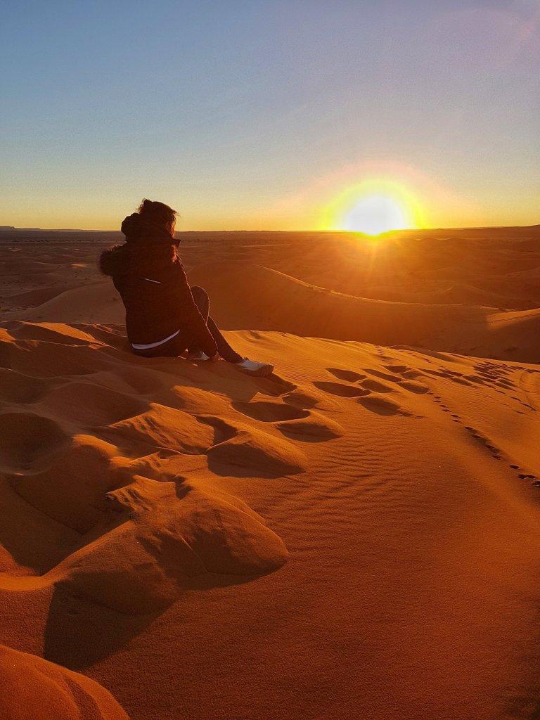alba al deserto del sahara marocco