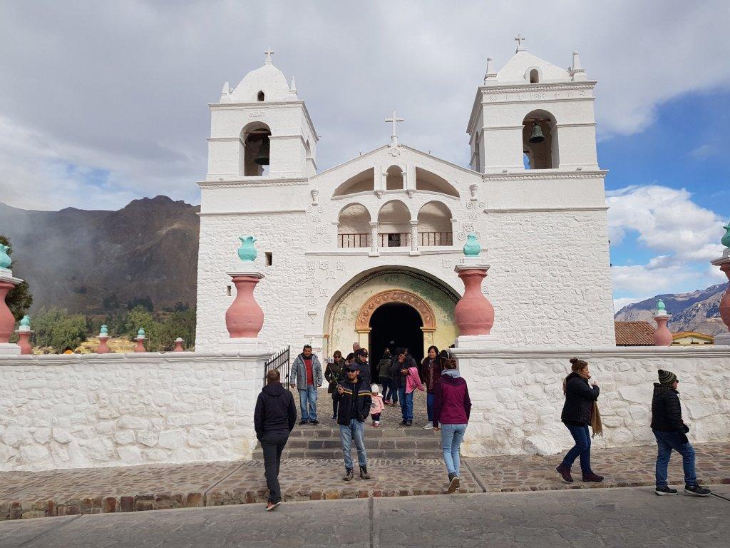 chiesa chivay