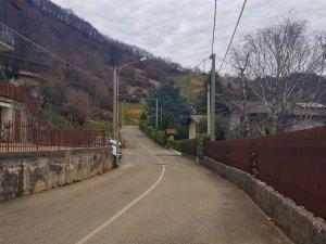 Strada per chiesa Monte di nese