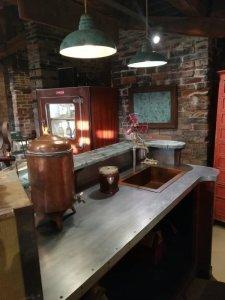 Bancone da bar Industrial design Vista del piano di lavoro