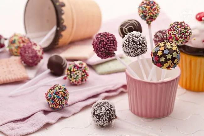 cake pops pink