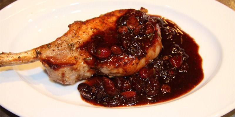 Pork Chops with Cranberry, Port and Rosemary Sauce