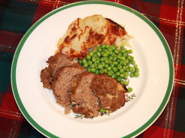 Individual Meat Loafs with Potatoes