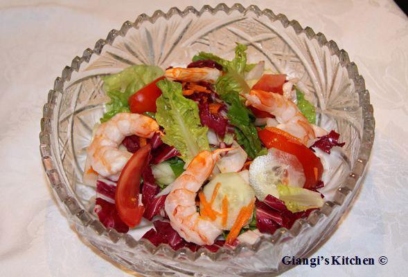 Prawns-summer-salad.-