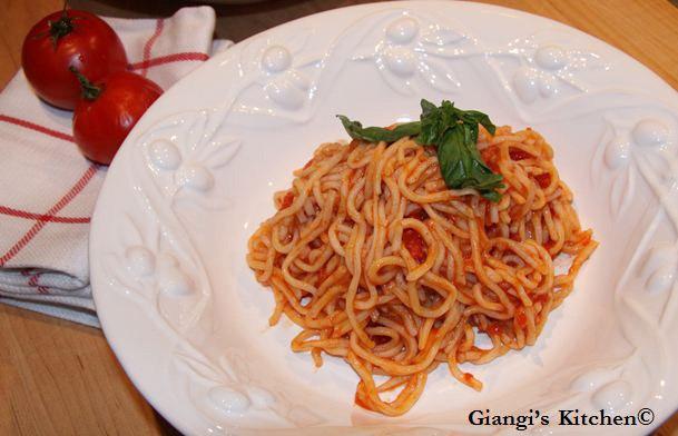 Homemade-spaghetti.-copyJPG-8x6.JPG