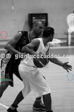 Olimpia Cagliari vs Valentina's Bottegone, 61-52, 22 ottobre 2011 094
