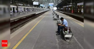 Coronavirus: All passenger trains, metro, inter-disclose bus merchandise and firms suspended until March 31; whole lockdown in 75 districts