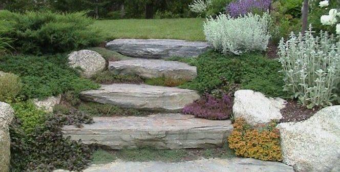 Arredare il giardino con sassi e pietre i consigli di for Arredare i giardini