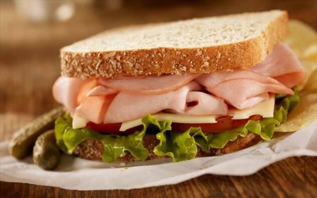 10 τροφές που «αυξάνουν» το μεταβολισμό, από την ειδικό