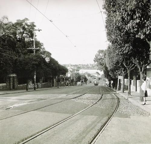 Avenida 24 de Outubro no bairro Moinhos de Vento em abril de 1961