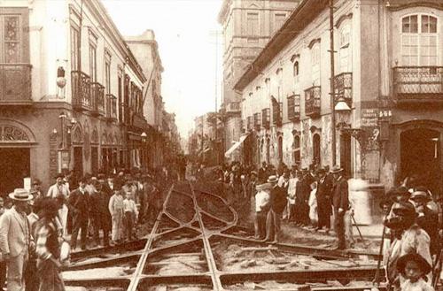 Colocação dos trilhos dos Bondes R.Direita - 1900