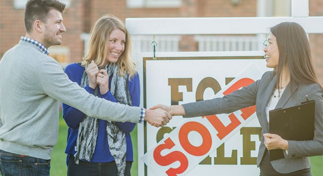 Why Working with a Local Real Estate Professional Makes All the Difference   Simplifying The Market