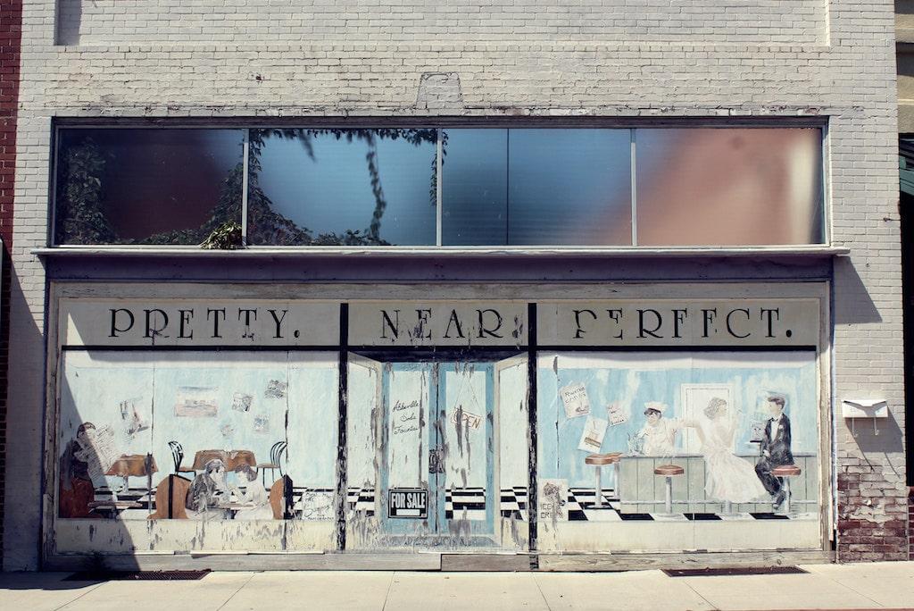 Crea un escaparate que atrae todas las miradas y genera tráfico a tu tienda