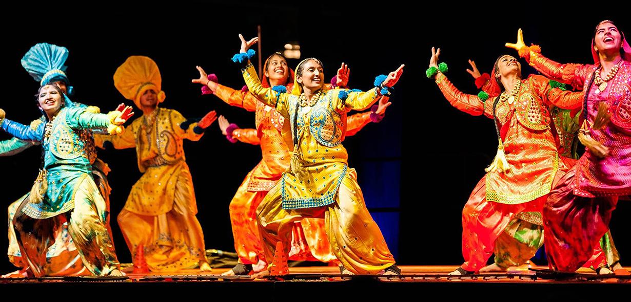 Punjabi Giddha Boliyan