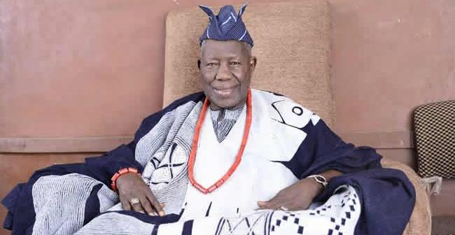 Olubadan attacks obas, insists they're wearing 'illegal crowns'