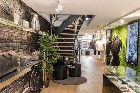 Trap en interieur BALR - Verbouw en uitbreiding winkelruimte BALR - Gietermans & Van Dijk architecten - Serena Silooy Photography