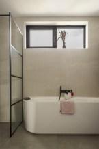 Badkamer met bad - Nieuwbouw huis aan het water in nieuwbouwwijk Amersfoort - Gietermans & Van Dijk Architecten - Serena Silooy Photography