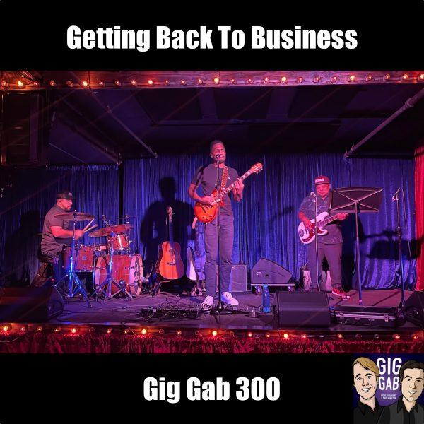 Ron Artis II on stage in Portland, Oregon for Gig Gab 300 Episode Image