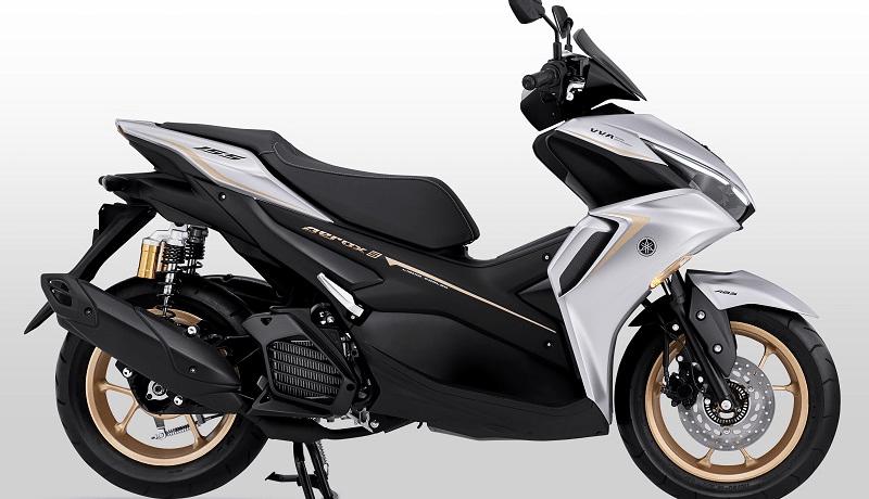 Yamaha akhirnya merilis all new aerox 155 connected sob, ini artinya update pertama kalinya setelah aerox 155 rilis tahun 2016 silam. Spesifikasi dan Harga Yamaha Aerox Terbaru 2021   Gilamotor