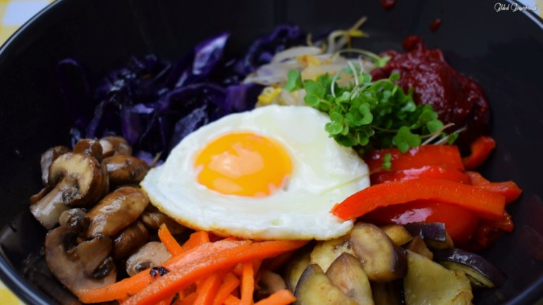 Bibimbap 10 Essential Korean Dishes to Impress Your Guests
