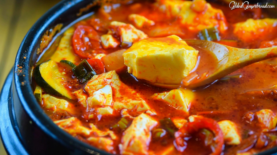 SUNDUBU JJIGAE 순두부찌개 (SPICY SOFT TOFU STEW)
