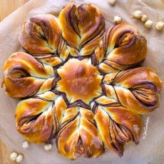 Nutella Flower Bread