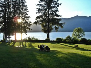 The lovely grounds at Lake Quinault Lodge make this spot hotel/motel gem worthy.