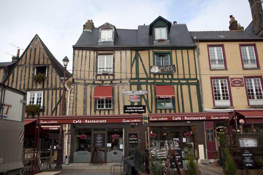 http www gillespudlowski com 11465 restaurants le mans des cocottes a fondre