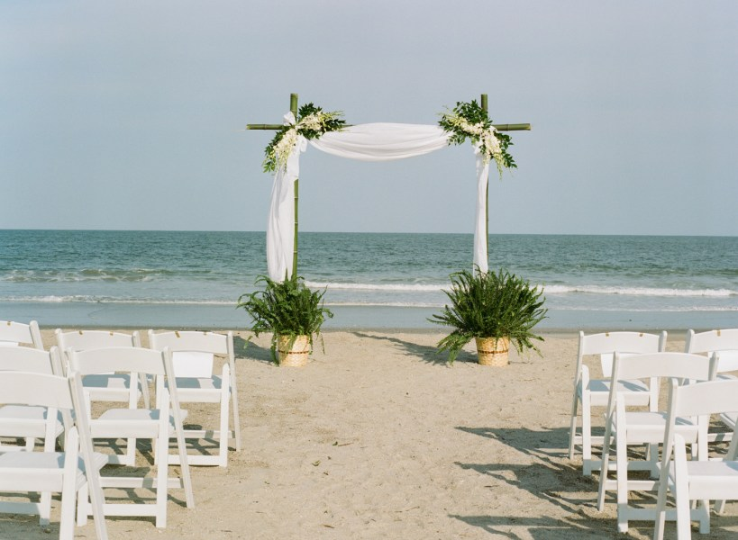 Debordieu wedding on the beach (22)