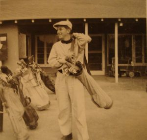 Gil was an avid sports and golf fan from an early age. Here he is somewhere in Brooklyn on Long Island in the late 1930s.