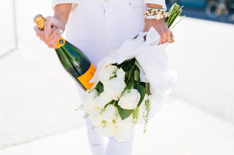 valentine's day, white roses