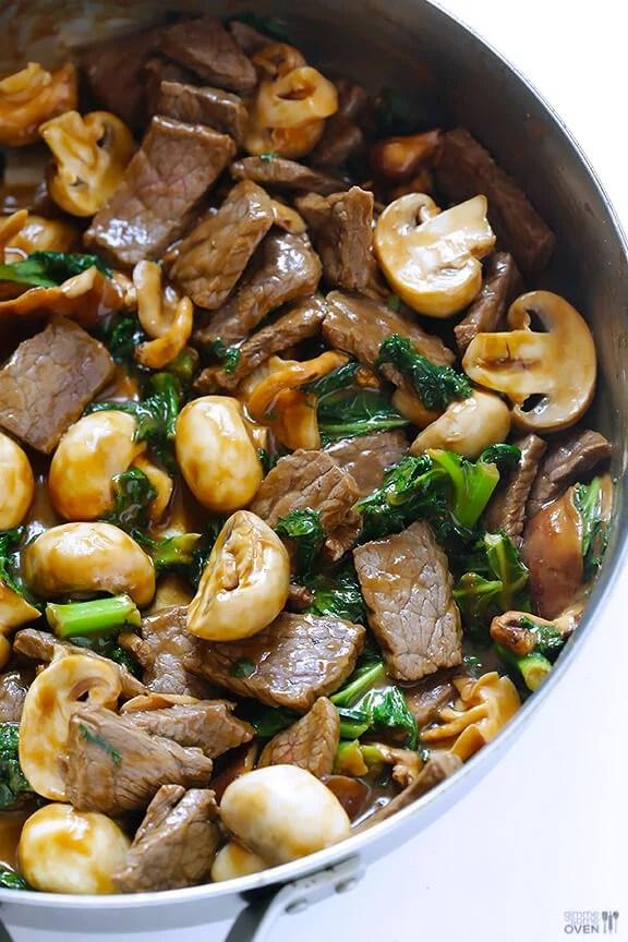 Ginger Beef, Mushroom & Kale Stir Fry | gimmesomeoven.com