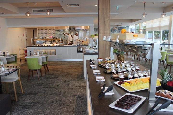Buffet und offene Küche Adults Only Restaurant Valamar Girandella Resort Rabac © www.gindeslebens.com