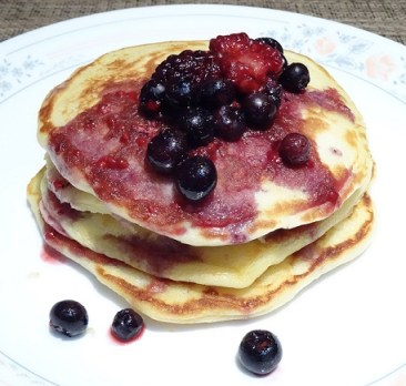 Pancakes and berry syrup