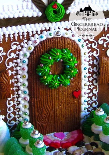 Gingerbread House Christmas Mouse