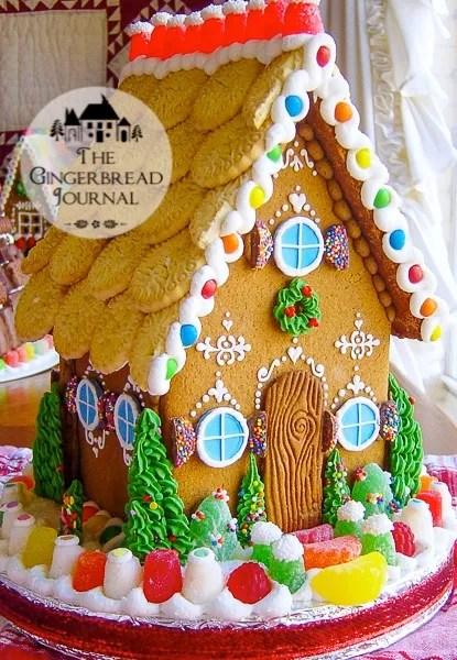 Gingerbread House A www.gingerbreadjournal.com_-33wm