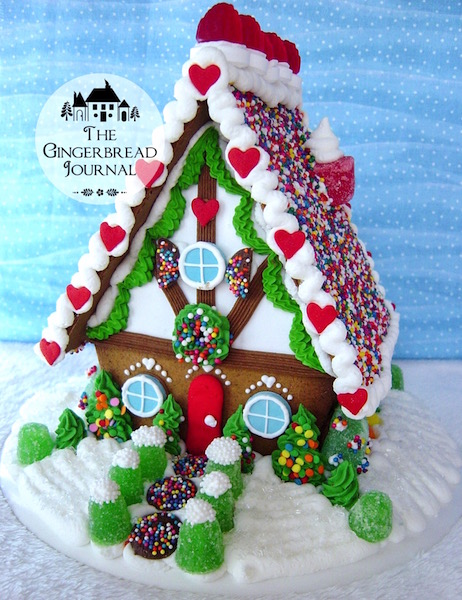 Gingerbread House with snowbankswm-sr
