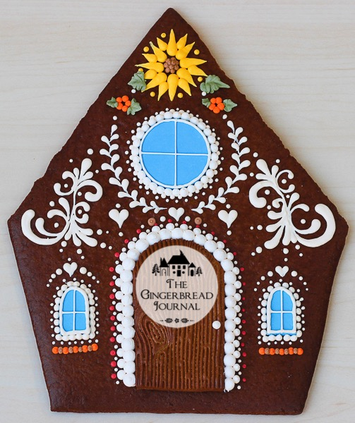 harvest-gingerbread-house-thanksgiving-q-3wm