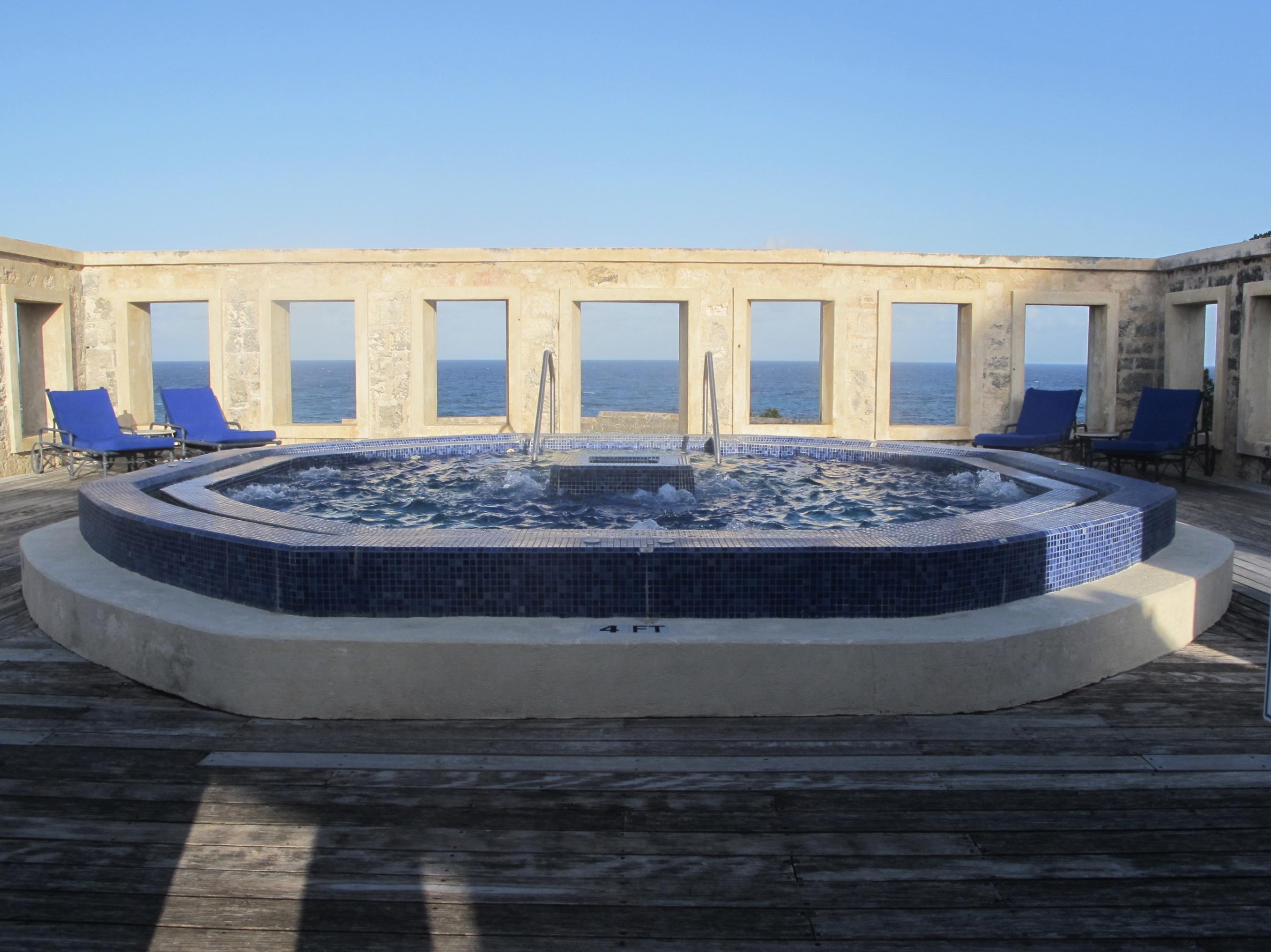 alfresco jacuzzi pool