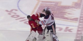 Mike Smith and Cam Talbot drop the gloves