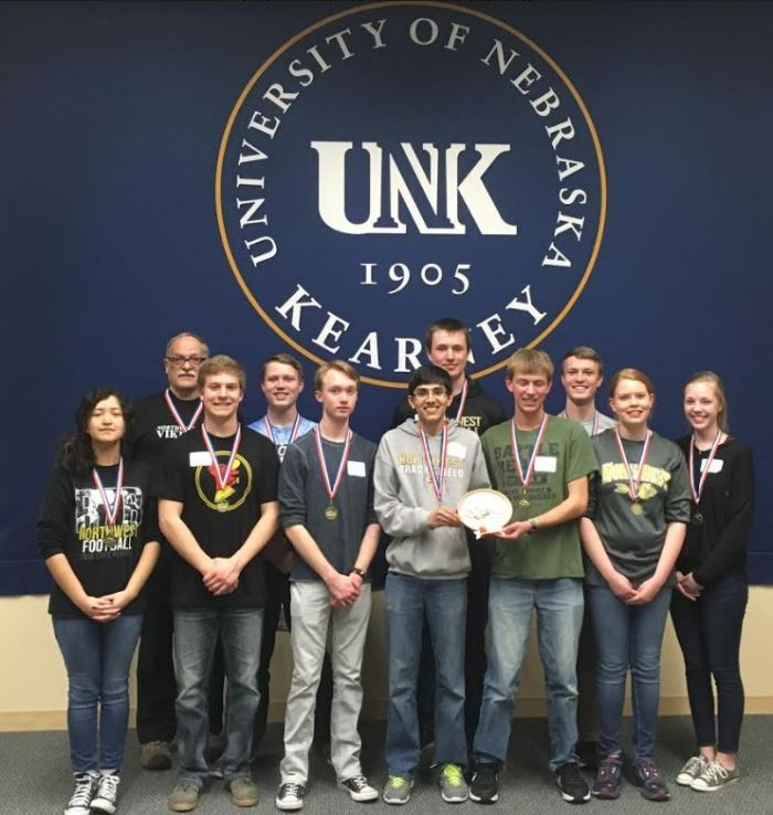 High School Quiz Bowl Team Wins Districts