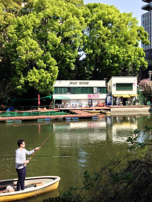 500赤坂のお堀のボートハウス