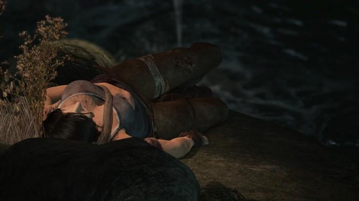Lara sviene a terra dalla noia dopo la prima mortifera sezione di Human Revolution
