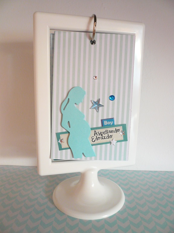 Giorgia Rossini for CreaFamily - tutorial mini album in a frame