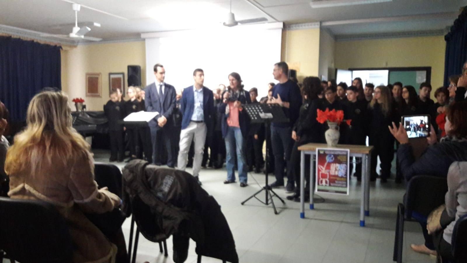 UN CANTO PER LA PACE IC MATTEOTTI DI APRILIA - Il Giornale del Lazio
