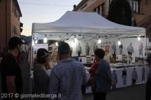 mercatino-sotto-le-stelle-barga-33.jpg