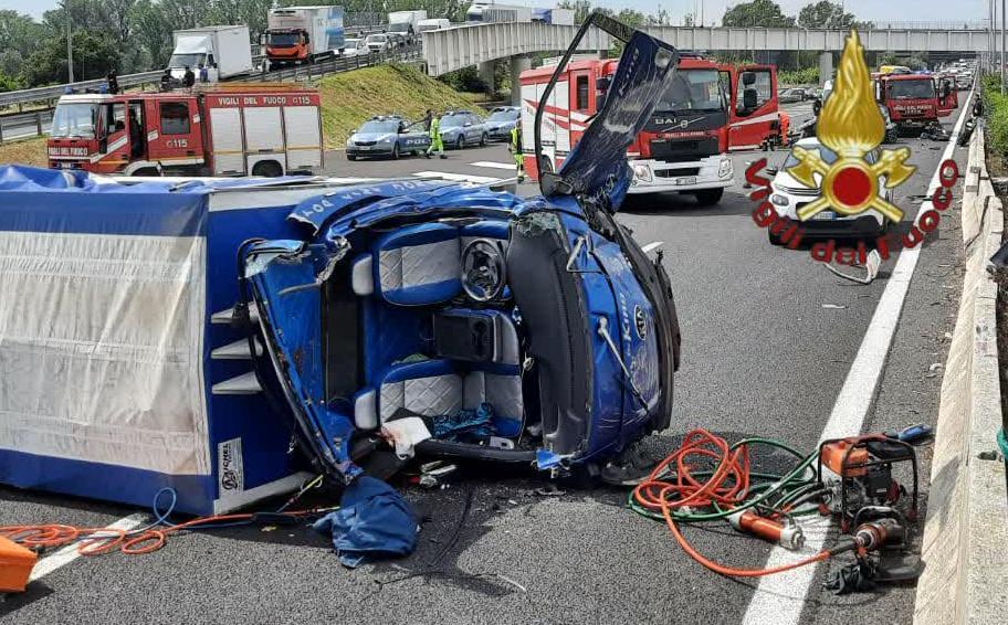 Roma, incidente stradale avvenuto sul G.R.A. direzione Romanina