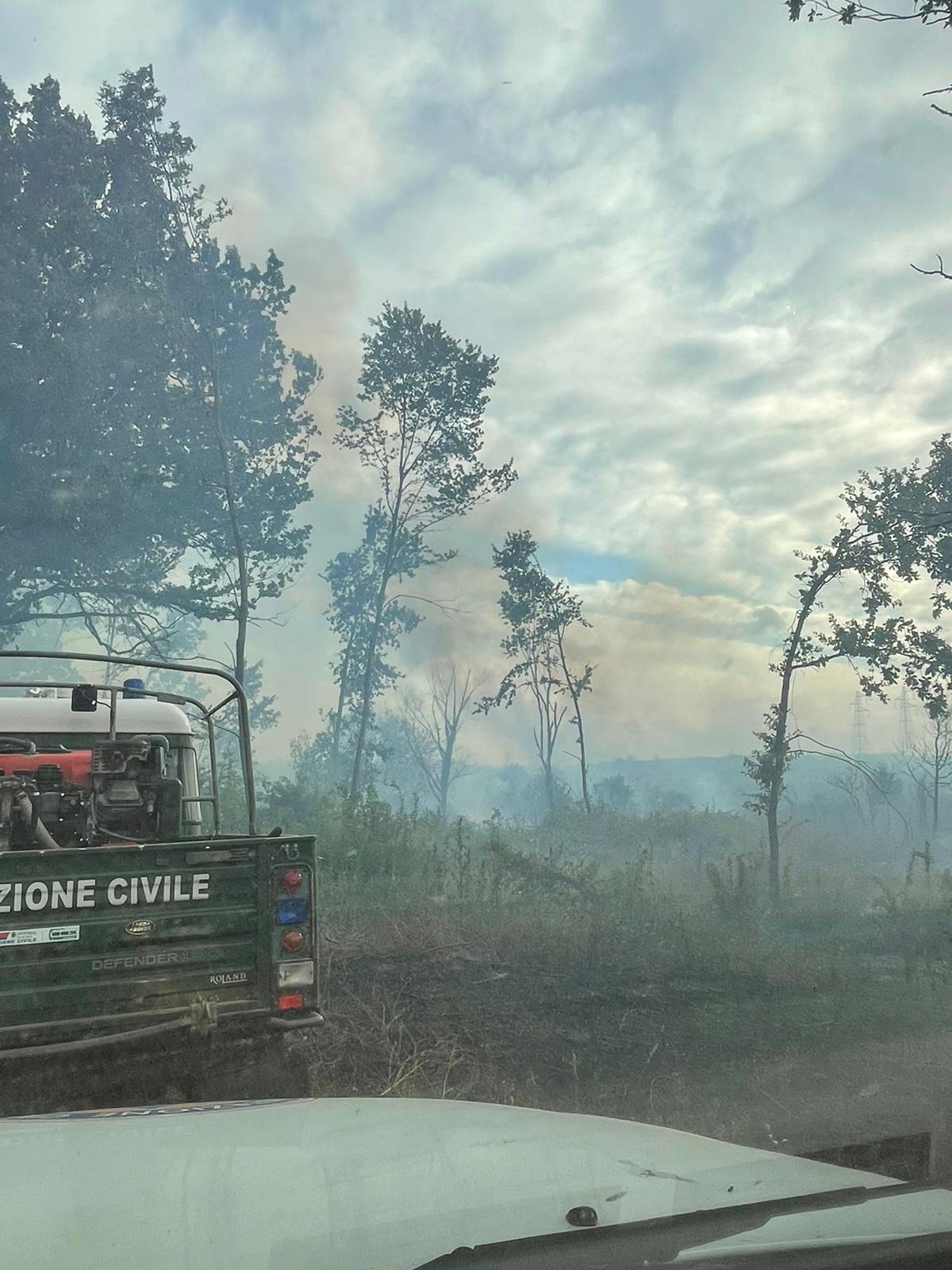 Velletri, sono ripartiti gli incendi di contrada Lazzaria