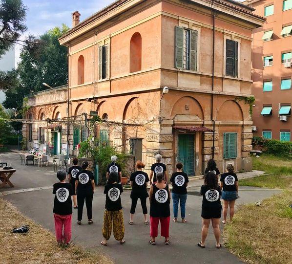 Roma, una luce di speranza per la casa delle donne Lucha y Siesta